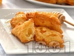 Домашни пържени бухтички от парено тесто за закуска - снимка на рецептата